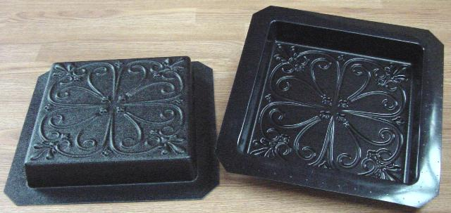 Square Fleur-de-lis Stepping Stone Mold—ABS view